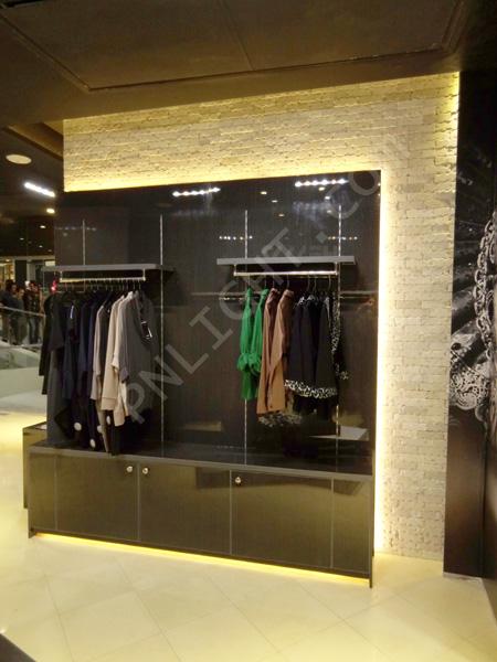 نورپردازی مغازه لباس فروشی