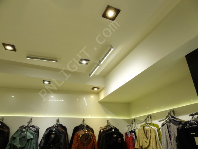 نورپردازی فروشگاه پوشاک