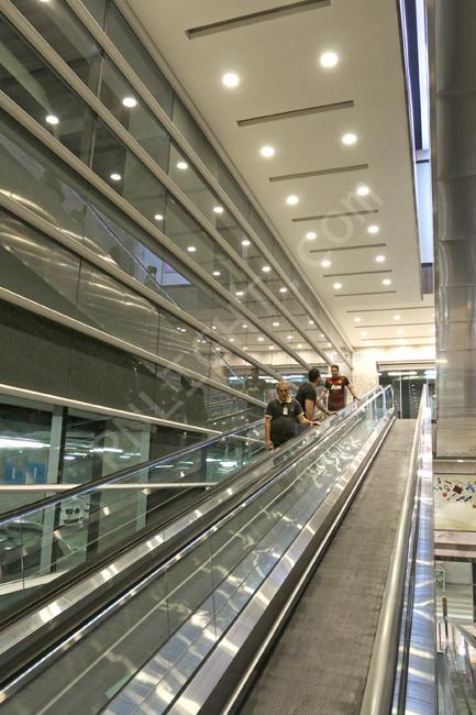 طراحی سقف پله برقی کناف روشنایی ال ای دی